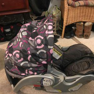 Infant car seat for Sale in Glen Burnie, MD