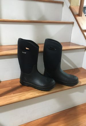 Bogs Rain Boots size 5 youth for Sale in Manassas, VA