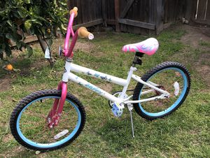 "Girl's 20"" Huffy Bike for Sale in Kingsburg, CA"