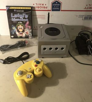Nintendo GameCube Silver Bundle Luigi's Mansion Rare + Controller + Cables for Sale in Lowellville, OH