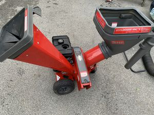 Wood Chipper, shredder and vacuum for Sale in Nashua, NH
