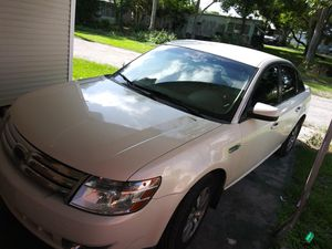 2009 Ford Taurus 2500 OBO need gone for Sale in Largo, FL