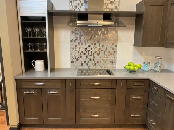 Kitchen Cabinets from Showroom Display for Sale in Tacoma ...