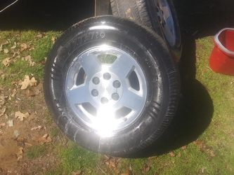 6 Lug Chevy Factory Wheels for Sale in Mount Pleasant,  TX