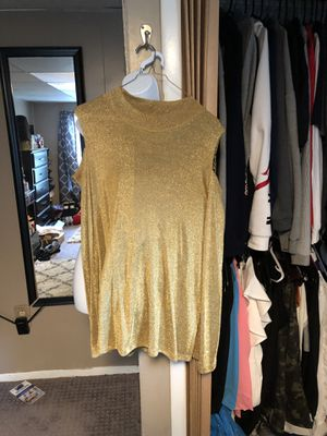 Gold cold shoulder tunic for Sale in Greensburg, PA