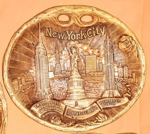 NEW YORK CITY COMPOSITE PLAQUE STATUE OF LIBERTY ROCKEFELLER CENTER EMPIRE STATE BUILDING for Sale in Wilmington, CA
