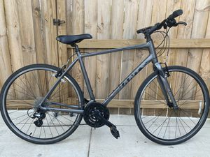 Giant Escape 2 Hybrid Aluminum Bike for Sale in Manassas, VA