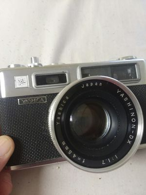 Vintage 35mm camera for Sale in Marietta, OH