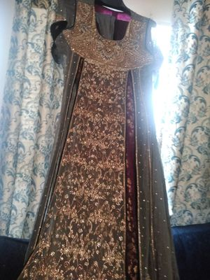 Beautiful hand made special powers wedding dress for Sale in Greenville, NC