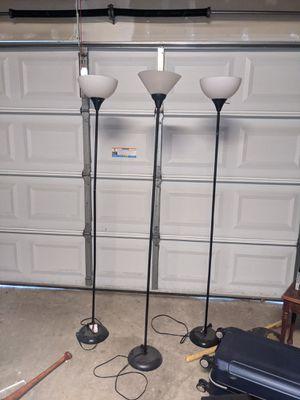 Floor lamp for Sale in Sacramento, CA