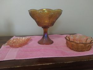 antique table decor for Sale in Hutchinson, KS