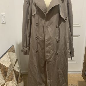 Towne By London Fog Trench Coat - Size 50 for Sale in Fort Lauderdale, FL