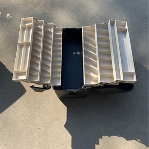 Fishing Tackle box for Sale in Livingston, CA