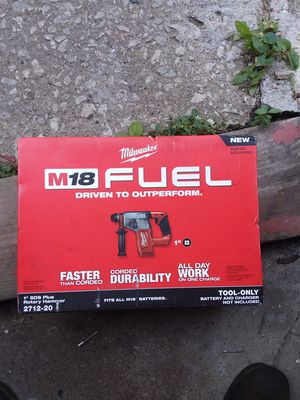 Milwaukee fuel sds hammer drill for Sale in Chicago, IL