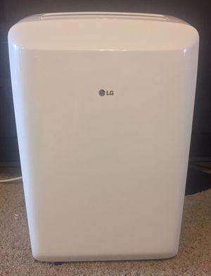 LG 8,000 BTU 115V Portable AC w/Dehumidifier Function & LCD Remote, white for Sale in Boerne, TX