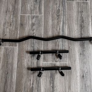 Brand New In Box Standard Ez Easy Z Curl Bar Bicep Barbell Dumbbell Handles for Sale in San Diego, CA