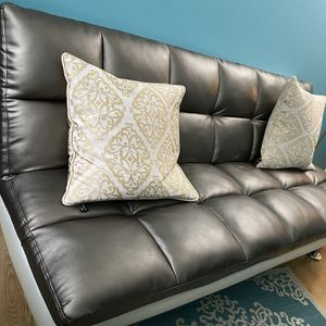 Like New Futon - Very Comfortable for Sale in Naperville, IL