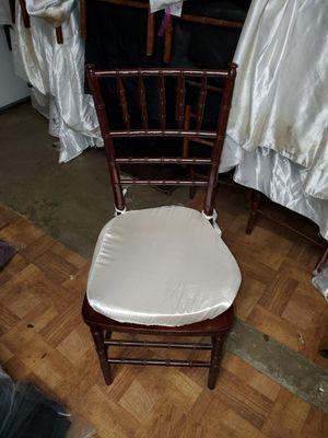 Chiavari chairs for Sale in Fullerton, CA