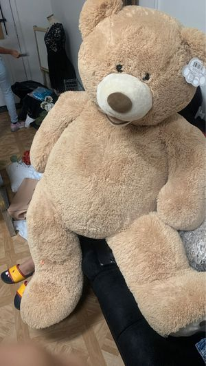 53 inch plushy teddy bear(hug fun) for Sale in Houston, TX