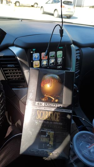 Scarface limited gold edition giftset for Sale in The Bronx, NY