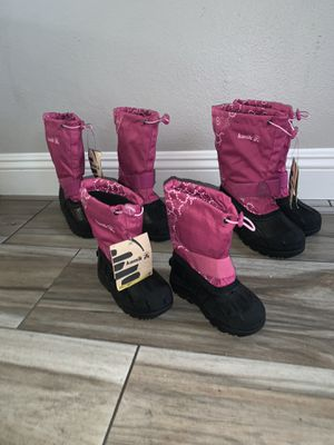KAMIK girl snow boot color pink for Sale in San Bernardino, CA