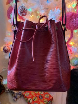 Louis Vuitton bucket bag authentic for Sale in Arlington, VA