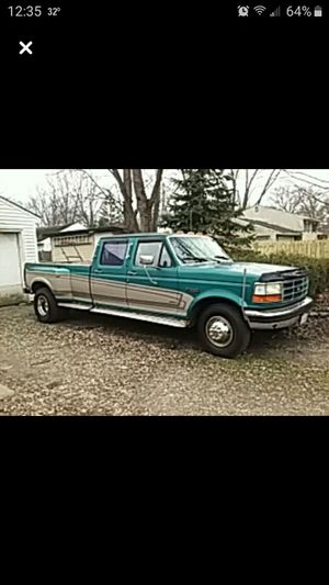 1995 F 350 7.5 liter. Gas Ford Truck for Sale in North Ridgeville, OH