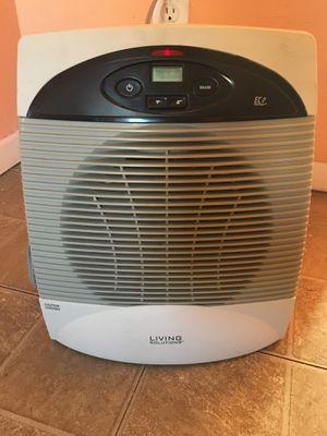 Living Solution Heater (Read Description) for Sale in Phoenix, AZ
