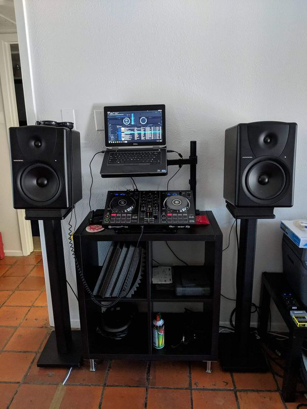 Solo $20 si quieres grabar videos de {url removed} a tu laptop i el programa del DJ#{contact info removed}