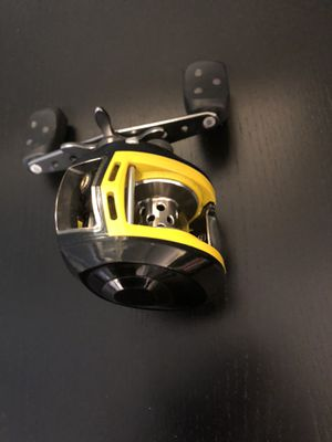Abu Garcia Revo Skeet Reese fishing Reel for Sale in Glendale, CA
