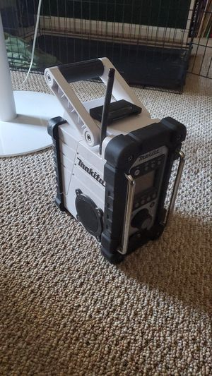 Makita radio for Sale in West Springfield, VA