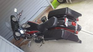 Motorcycle Cruiser 2006 Kawasaki Vulcan 1600 for Sale in Cleveland, OH