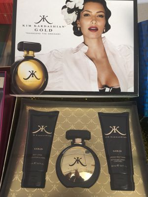 Kim Kardashian 3 piece Perfume Gift set New and Authentic for Sale in Los Angeles, CA