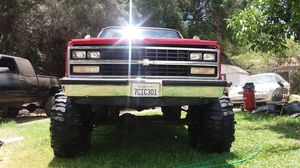 Chevy suburban ..C10..k30 for Sale in Compton, CA