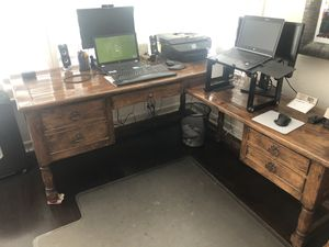 Beautiful, hand crafted executive desk! for Sale in Seal Beach, CA