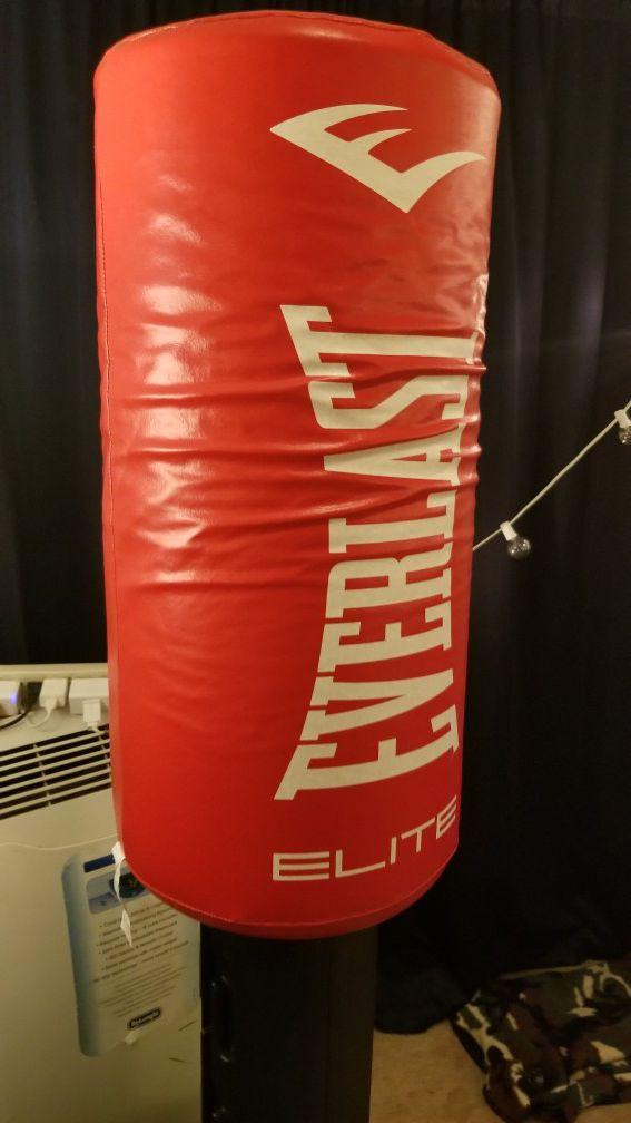 everlast elite freestanding heavy bag