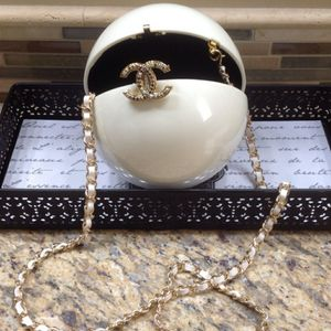 Pearl Bag for Sale in Baldwin, NY