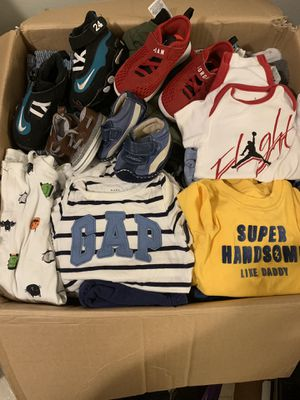 Boy 0-3 &3-6 month clothes and some shoes for Sale in Mount Vernon, WA