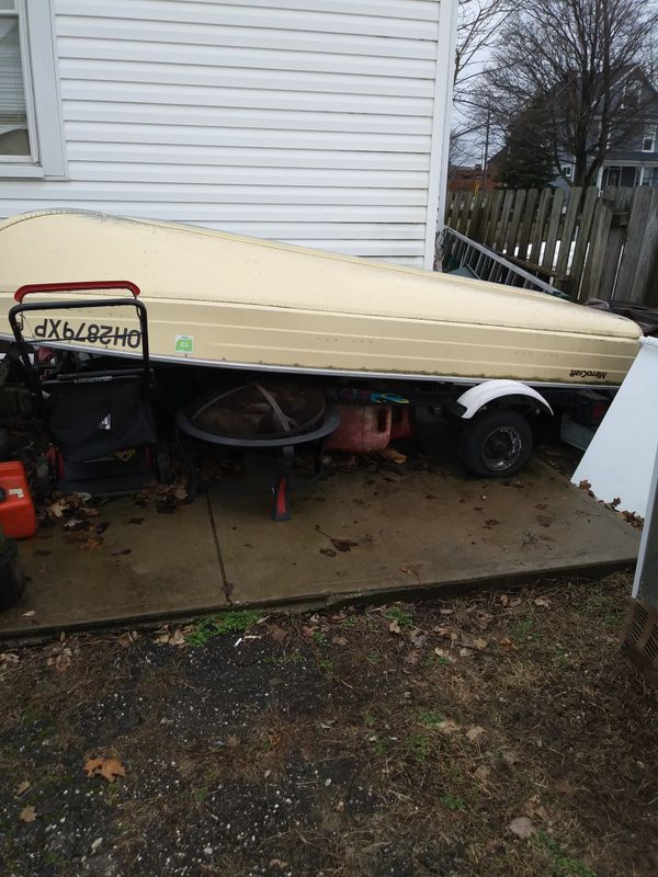 12 foot v bottom aluminum boat with trailor and accessories