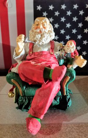 Relaxing Santa Like June's Online Consignment Shop on Facebook for Sale in Neenah, WI