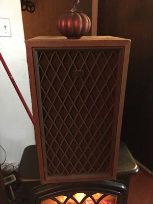 1970's Vintage Nova 7 Audio Speakers Sound Great! for Sale in Houston, TX