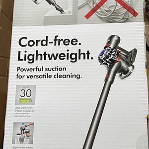 V7 Dyson Animal Cordless Stick Vacuum for Sale in Pooler, GA