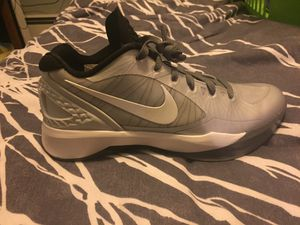 Nike volleyball shoe Zoom Hyperspike size 9.5 for Sale in St. Louis, MO
