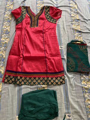 Indian traditional cothing (dress) for Sale in Lutz, FL