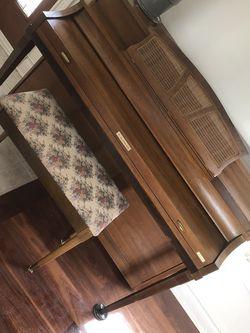Baldwin Arosonic Piano Grand for Sale in Westlake,  OH