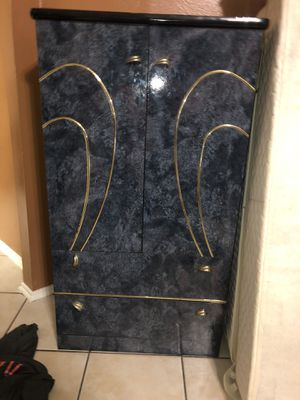 Dresser for Sale in Fresno, TX