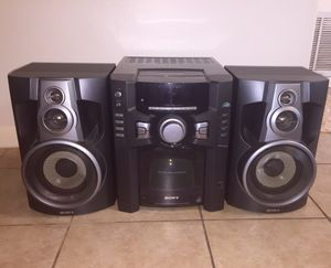 Sony 60 CD 100 W Stereo System for Sale in Austin, TX