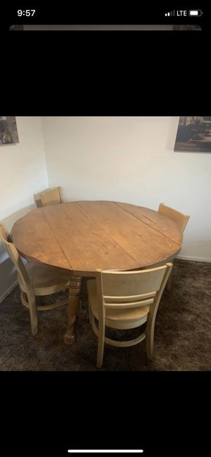 FREE Antique dining table with 4 chairs FREE for Sale in Modesto, CA
