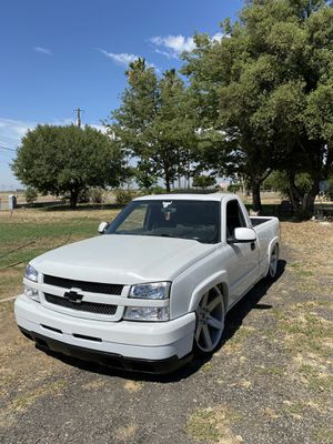HD hood trade for cowl hood for Sale in Bakersfield, CA