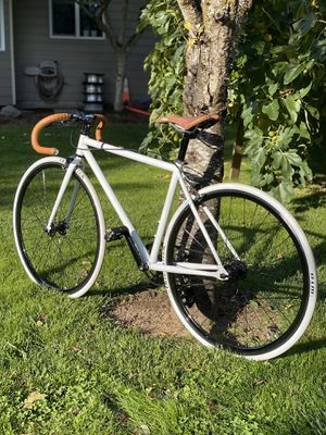 Single speed vintage custom white road bike for Sale in Troutdale, OR